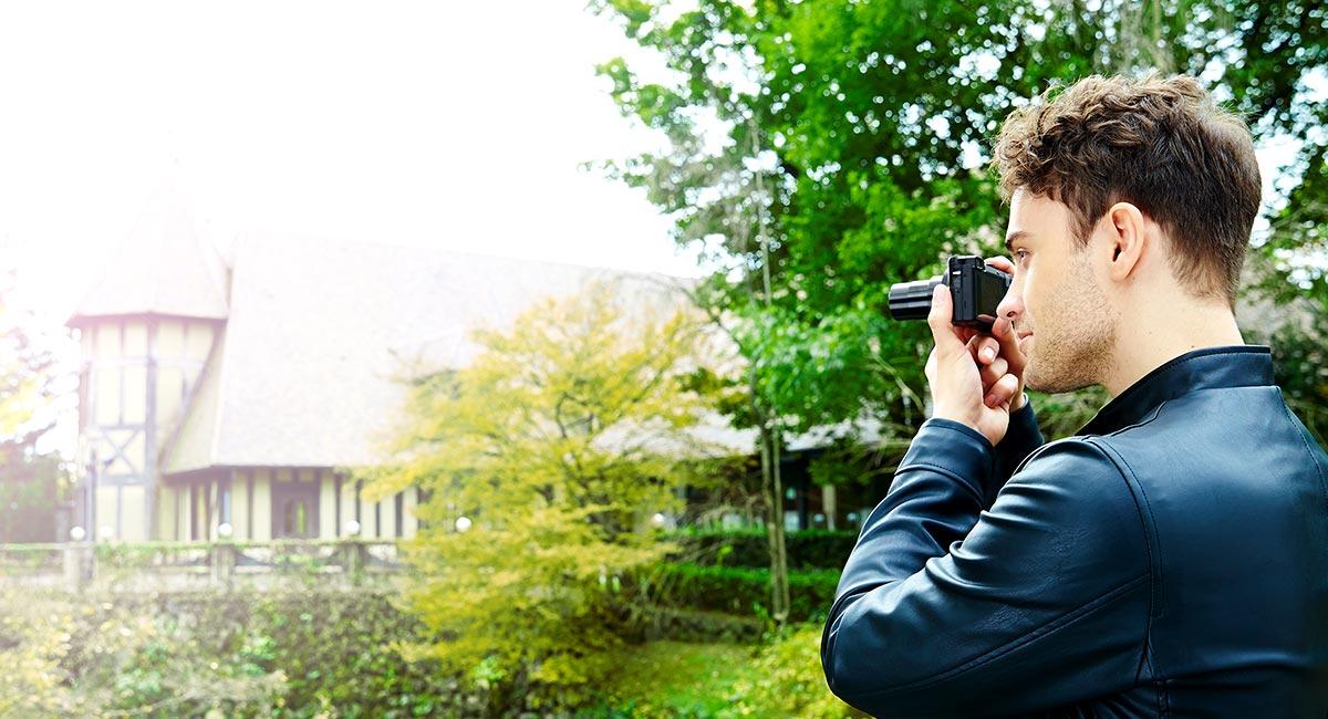 Kapesní cestovní fotoaparát s 30x zoomem