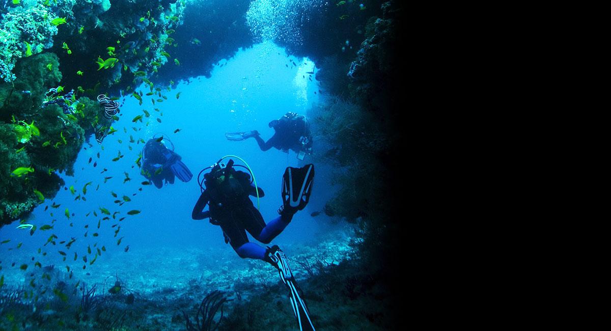 Mélyebbre merülhet – 31 méterig vízálló