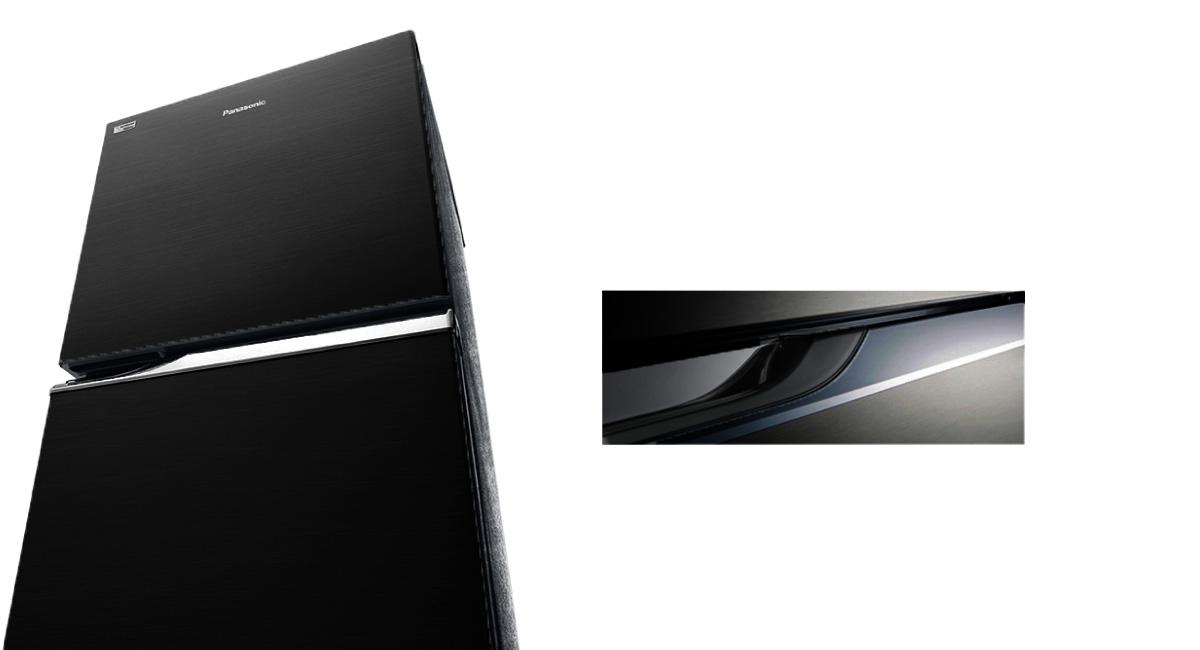 Flat door with crystal handle design