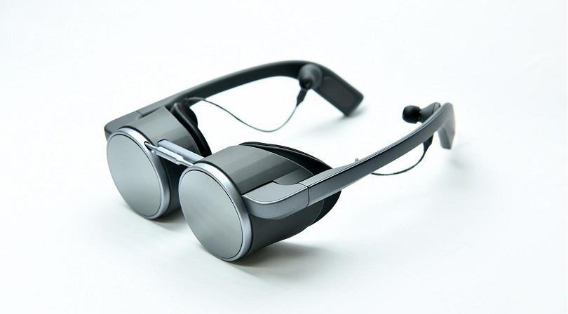 Panasonic presenta i primi occhiali al mondo per la realtà virtuale UHD con HDR