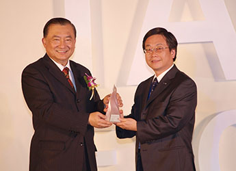 Photo of 200904 Large capacity inverter refrigerator NR-D562HV wins the Silver Medal of Taiwan Excellence