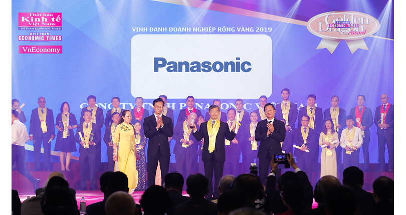Panasonic received the Golden Dragon Award 2019 as a leading consumer electronics and home appliances manufacturer for its contributions to the sustainable development of Vietnam