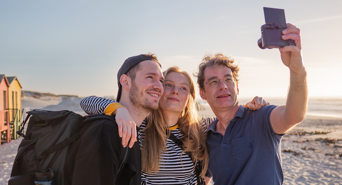 Displej výklopný až do 180 stupňů na zachycení Panorama Selfie