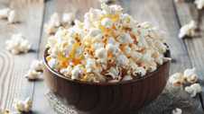 How to Make Popcorn in the Microwave Oven