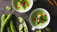 Creamy broad bean soup with Japanese dashi