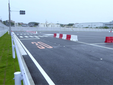 The driving test course next to YOKOHAMA R&D