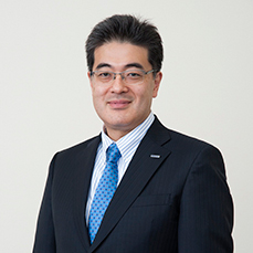 Yuki Kusumi Automotive Company Panasonic Corporation