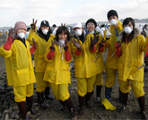 Oil Spill Clean-up (South Korea)