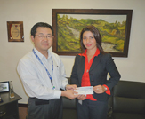 Photo of Panasonic Centroamericana donating $ 2,250.