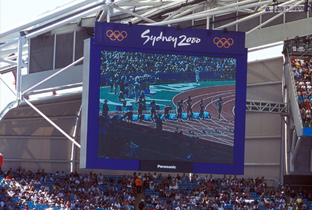 Photo: Athletics competition being shown on an ASTROVISION large display unit installed at the main stadium of the Olympic Games Sydney 2000