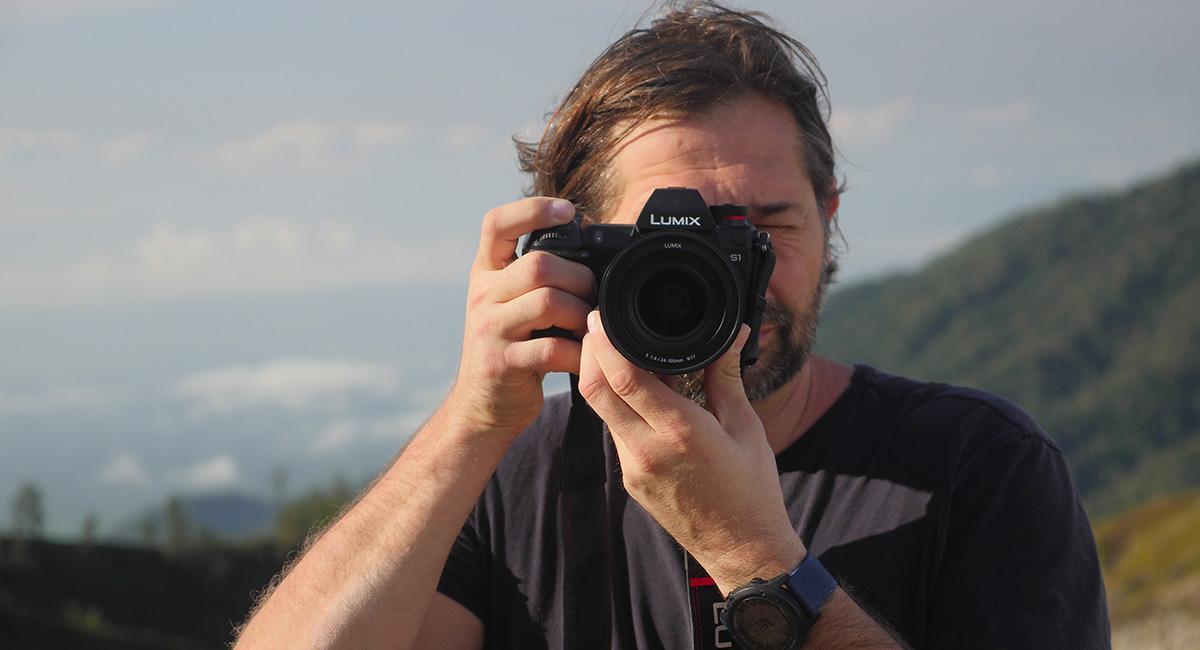 Визьор Real View Finder с разделителна способност 5760000 точки