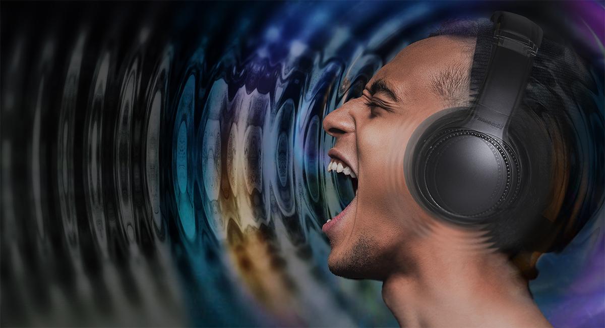 Mocné vibrace budí zdání živé hudby
