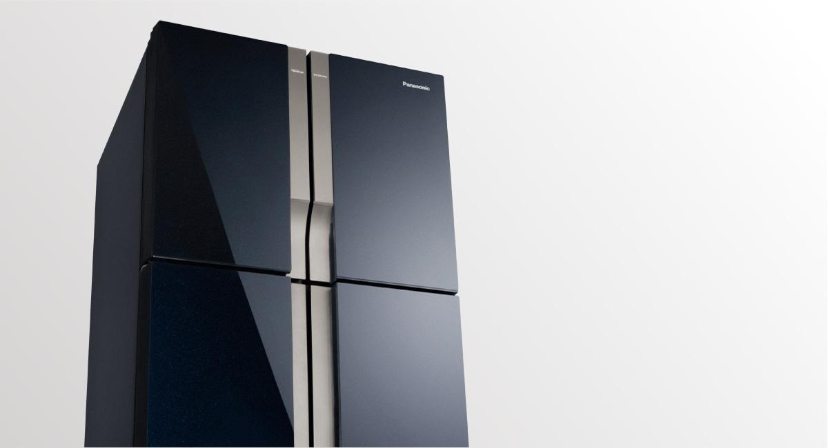 Elegant 4-door design with full-flat glass