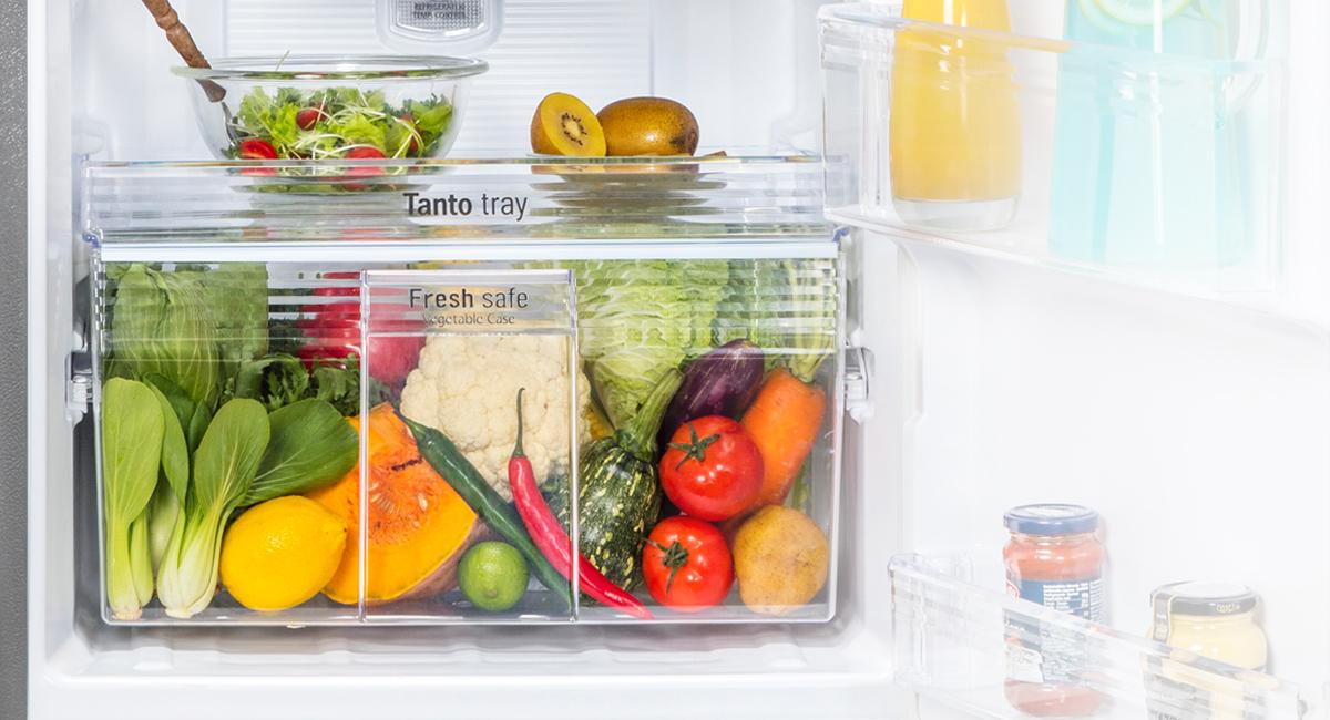 Ngăn rau quả Fresh Safe giúp duy trì độ ẩm tối ưu cho rau củ